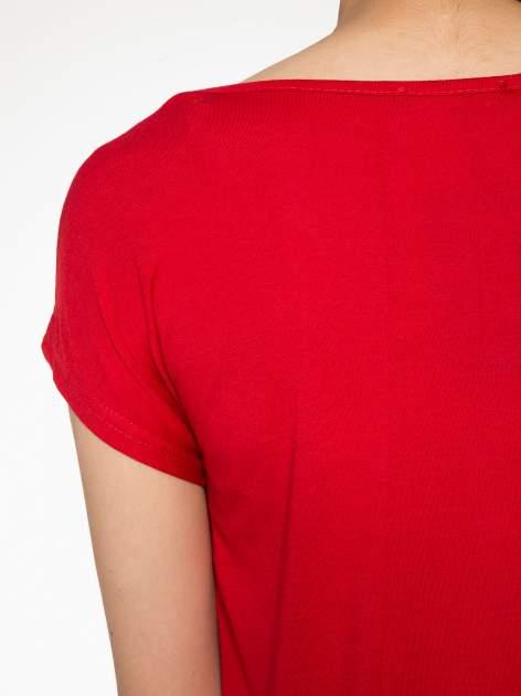 Czerwony t-shirt z motywem Paryża                                  zdj.                                  10