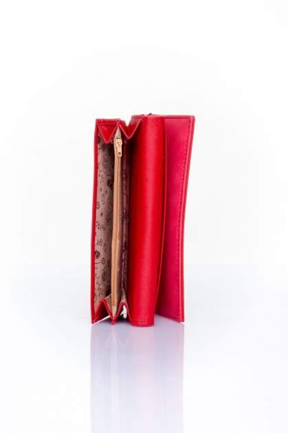 Czerwony zamszowy portfel z geometrycznym motywem                                  zdj.                                  5