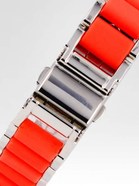 Czerwony zegarek na bransolecie z cyrkoniami na tarczy                                  zdj.                                  4