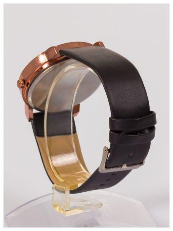Damski zegarek z ozdobnym dyskretnym motywem kwiatowym na tarczy                                  zdj.                                  3