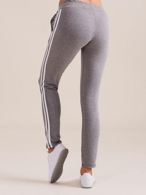 Damskie spodnie dresowe z lampasem szare                               zdj.                              3
