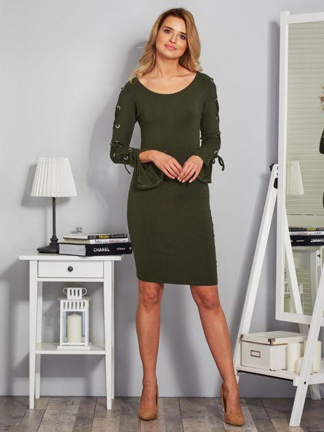 Dopasowana sukienka z rękawami lace up khaki                              zdj.                              4