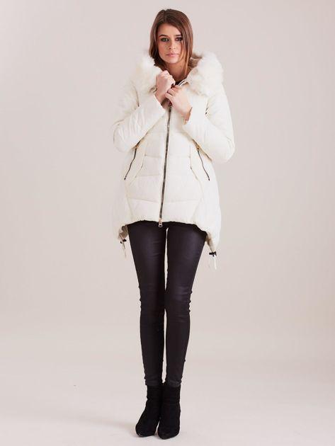 Ecru asymetryczna kurtka zimowa                              zdj.                              4