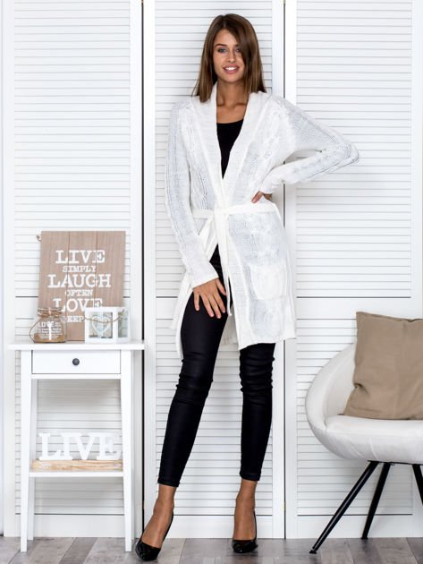 Ecru ażurowy długi sweter typu kardigan z paskiem                                  zdj.                                  4