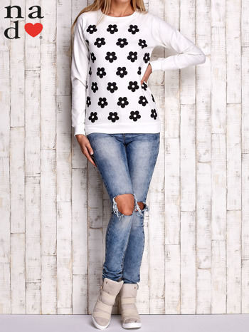 Ecru bluza z nadrukiem kwiatów                                  zdj.                                  2