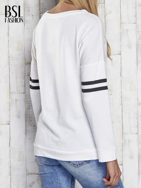 Ecru bluza z napisem TOMBOY                                  zdj.                                  2