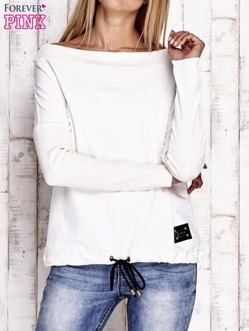 Ecru bluza z szerokim ściągaczem i troczkami                                  zdj.                                  1