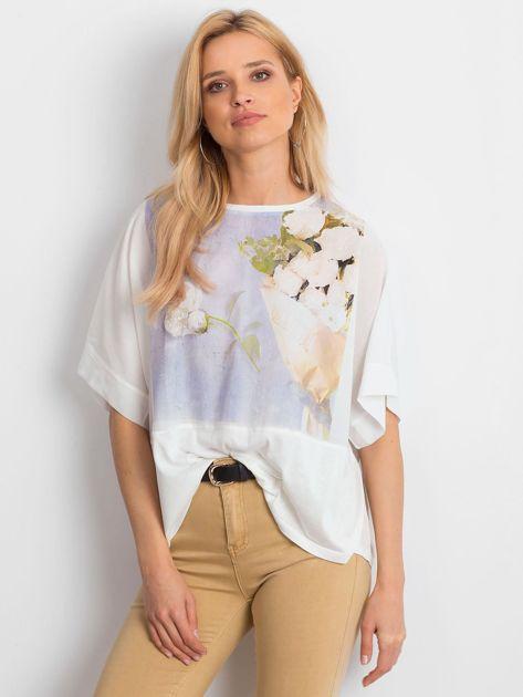 Ecru bluzka oversize z kwiatowym nadrukiem