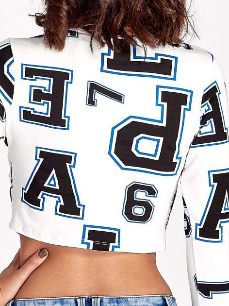 Ecru bluzka z nadrukiem literowonumerycznym                                  zdj.                                  5