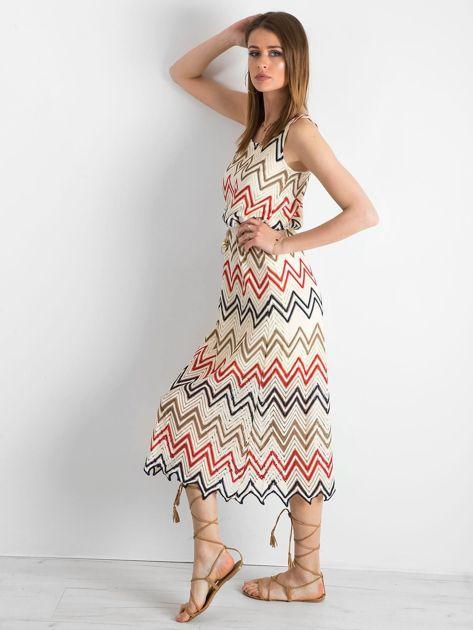 Ecru-czerwona długa sukienka we wzory                              zdj.                              3