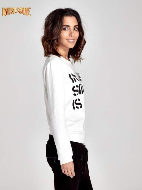 Ecru klasyczna bluza damska z napisem IN LIFE SIMPLE IS BEST                                  zdj.                                  3