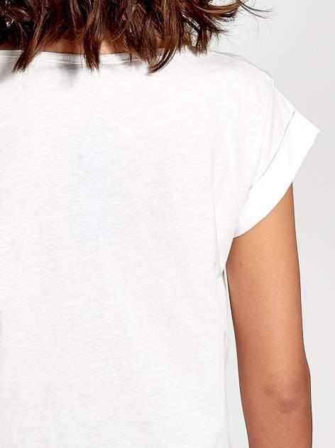 Ecru t-shirt damski z cekinami                              zdj.                              6