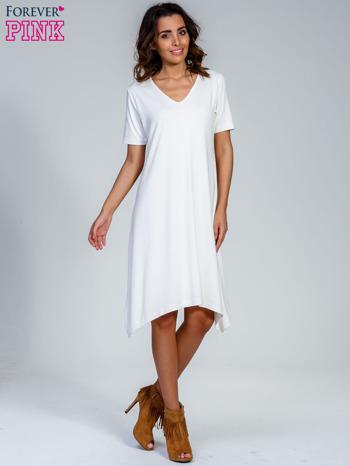 Ecru luźna sukienka z asymetrycznym dołem