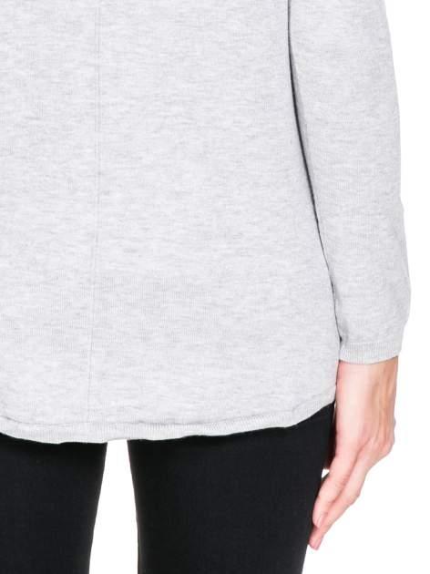Ecru otwarty sweter narzutka z dłuższym tyłem                                  zdj.                                  7