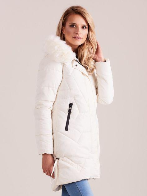 Ecru pikowana kurtka na zimę                              zdj.                              3