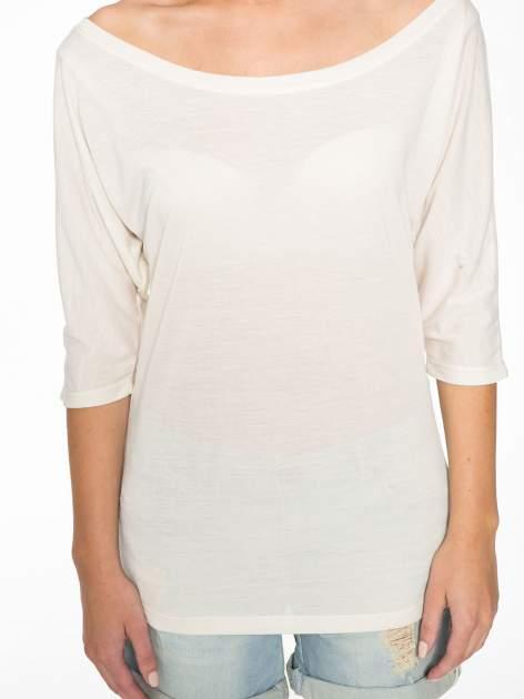Ecru półtransparentna bluzka z łódkowym dekoltem i rękawami 3/4                                  zdj.                                  9