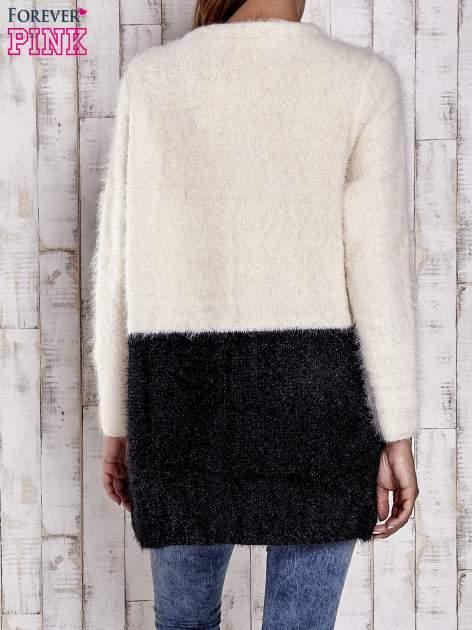 Ecru pudełkowy sweter two tone                                  zdj.                                  4