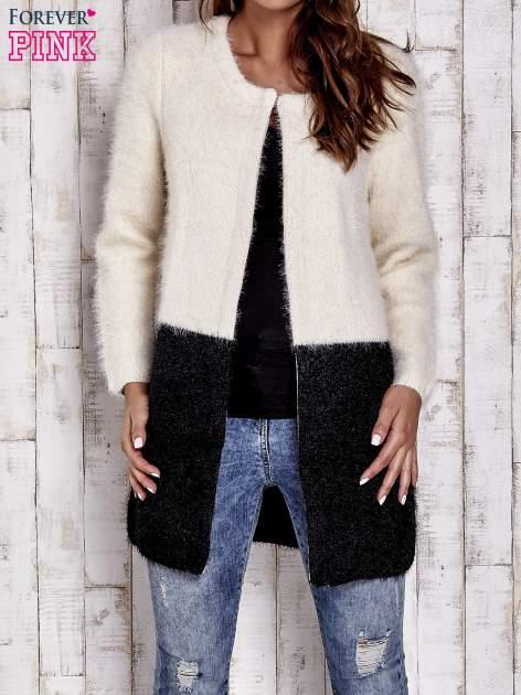 Ecru pudełkowy sweter two tone                                  zdj.                                  7