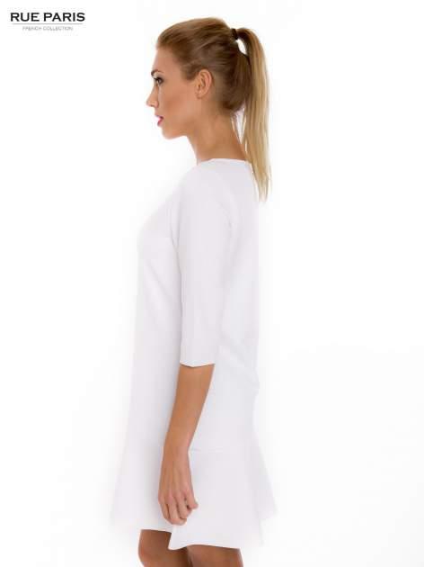 Ecru sukienka z obniżoną talią o rękawie długości 3/4                                  zdj.                                  3