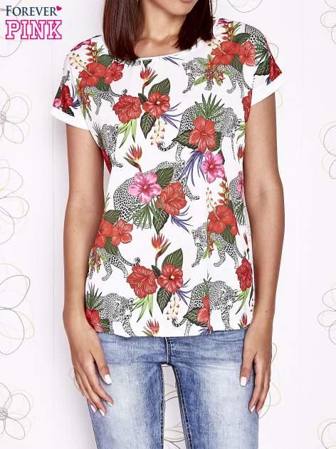 Ecru t-shirt z egzotycznym nadrukiem i ażurowym tyłem                                  zdj.                                  1