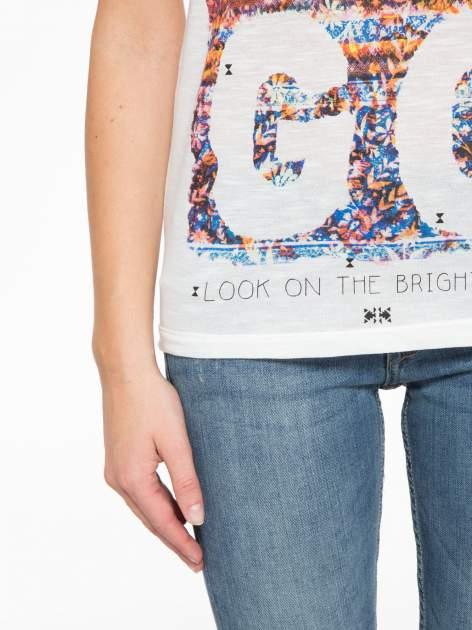 Ecru t-shirt z napisem LET GO                                  zdj.                                  7