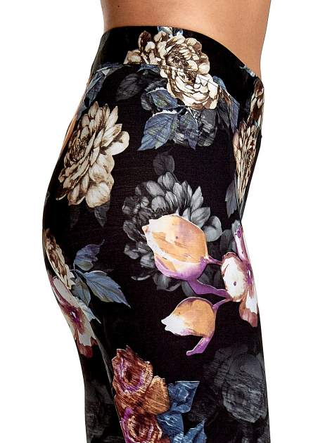 Elastyczne legginsy w kwiatowy wzór                                  zdj.                                  6
