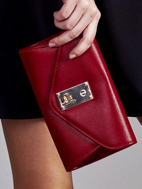 Elegancka kopertówka z ozdobnym zapięciem ciemno czerwona                              zdj.                              1