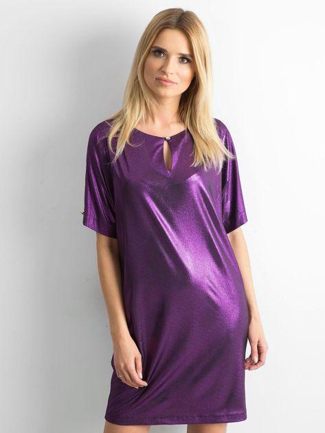 Fioletowa błyszcząca sukienka oversize                              zdj.                              1
