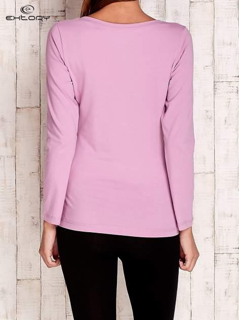 Fioletowa gładka bluzka sportowa z dekoltem U PLUS SIZE                                  zdj.                                  4