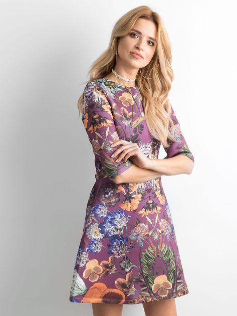 Fioletowa rozkloszowana sukienka we wzory                              zdj.                              3