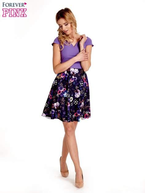 Fioletowa sukienka z motywem floral print na dole                                  zdj.                                  7