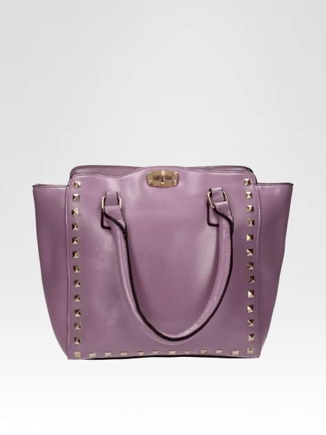 Fioletowa torebka na ramię z dżetami                                  zdj.                                  1