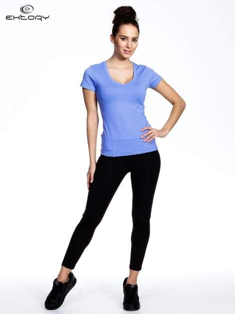 Fioletowy modelujący damski t-shirt sportowy                                   zdj.                                  2