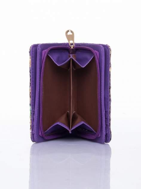 Fioletowy portfel z kwiatowymi motywami                                  zdj.                                  6