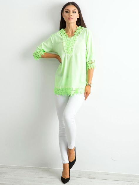 Fluo zielona bluzka z koronką                              zdj.                              4