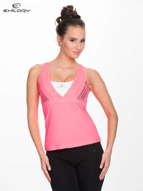 Fluoróżowy top sportowy z krzyżowanymi ramiączkami na plecach                                  zdj.                                  1