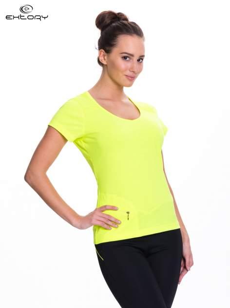 Fluożółty t-shirt sportowy z kieszonką na suwak PLUS SIZE                                  zdj.                                  3