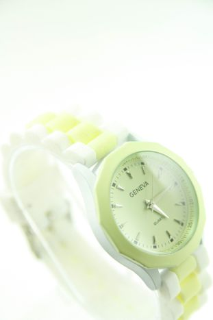 GENEVA Ecru-biały zegarek damski na silikonowym pasku                                  zdj.                                  2