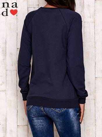 Grafitowa bluza z błyszczącym nadrukiem                                  zdj.                                  5