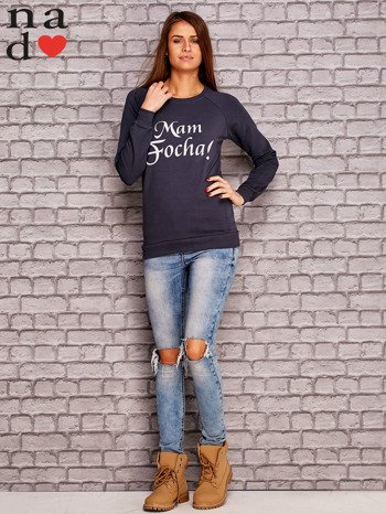 Grafitowa bluza z napisem MAM FOCHA                              zdj.                              2