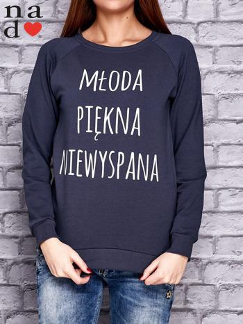 Grafitowa bluza z napisem MŁODA PIĘKNA NIEWYSPANA                                  zdj.                                  1