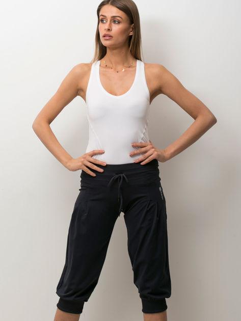 Grafitowe spodnie capri z wiązaniem                                  zdj.                                  2