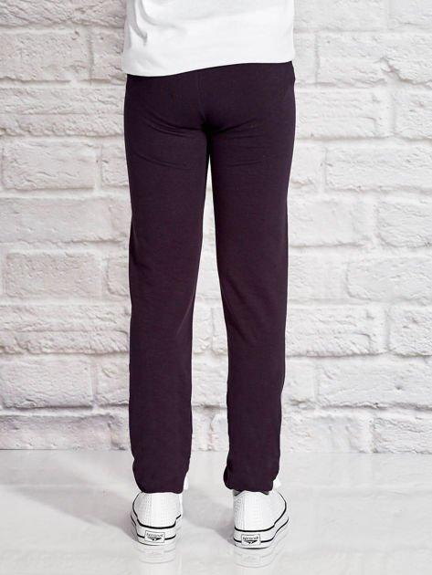 Grafitowe spodnie dresowe dla dziewczynki z jednorożcem                              zdj.                              2