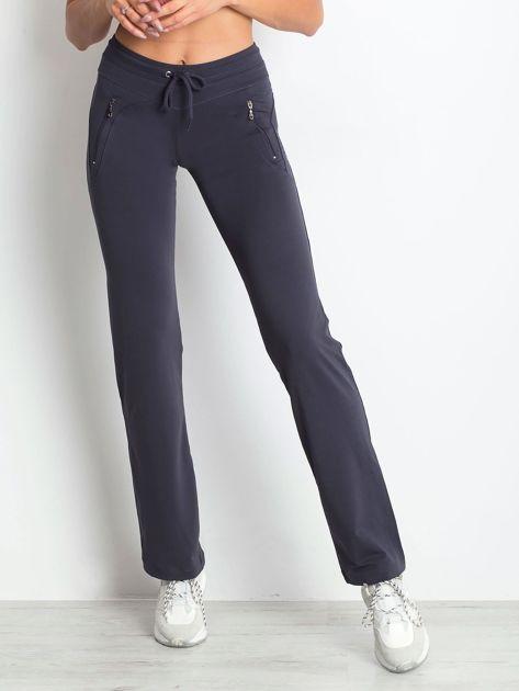 Grafitowe spodnie dresowe z kieszeniami                                  zdj.                                  1