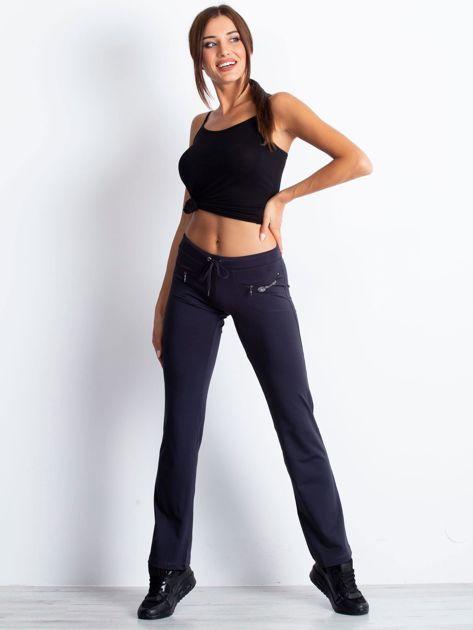 Grafitowe spodnie dresowe z kieszonkami i dżetami                                  zdj.                                  4