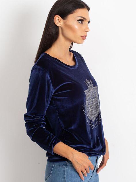 Granatowa aksamitna bluza z herbem z dżetów                              zdj.                              3