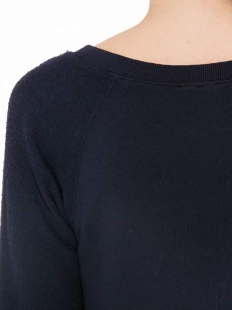 Granatowa bluza oversize z łączonych materiałów                                  zdj.                                  7