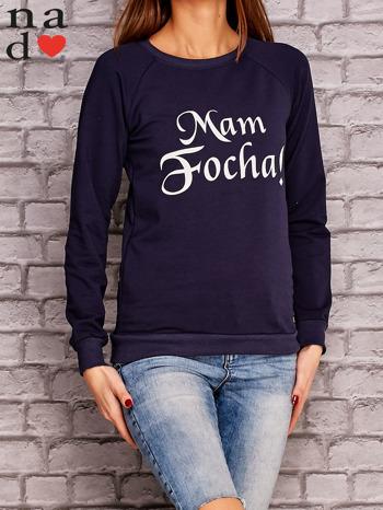 Granatowa bluza z napisem MAM FOCHA                              zdj.                              3