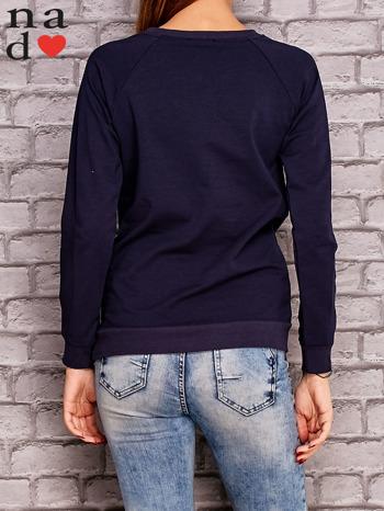 Granatowa bluza z napisem PONIEDZIAŁEK POWINIEN BYĆ TYLKO DLA CHĘTNYCH                                  zdj.                                  4