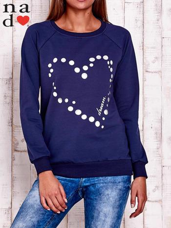 Granatowa bluza z wzorem serca